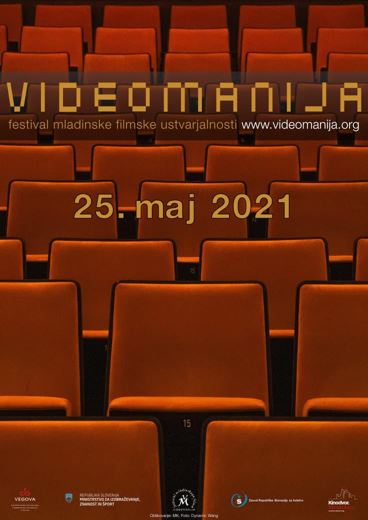 oranžni sedeži v prazni konodvorani, Photo: Dynamic Wang